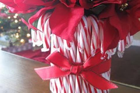 Kerstdecoraties Met Rood : Laat je inspireren door deze 8 originele kerstdecoraties b2 supermarkt